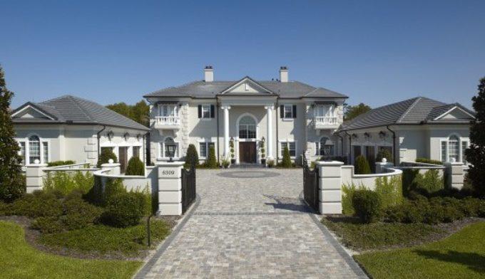 Luxury Estate on Lake Tibet in Windermere, Florida