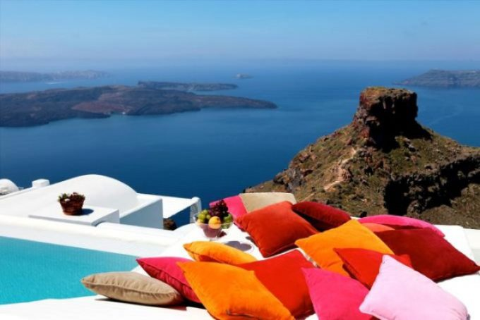 Luxury Romantic Getaway on Santorini Island