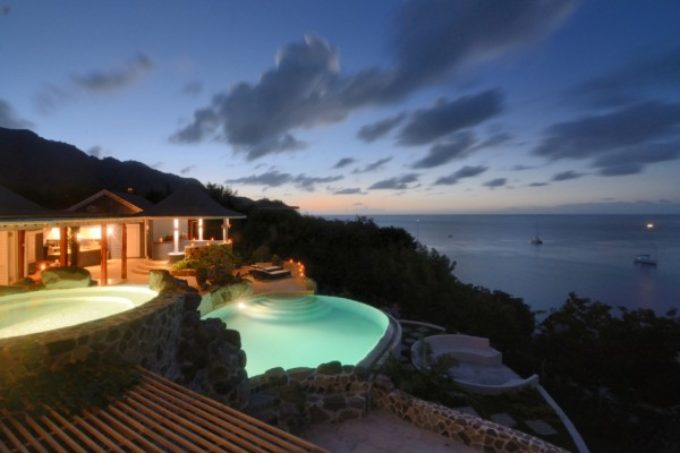 King House – Property overlooking Princess Margaret Beach, Bequia