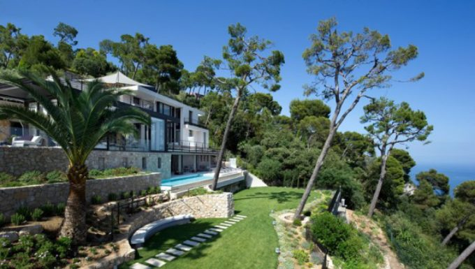 Rental Villa with Panoramic Views of the Bay of Villefranche